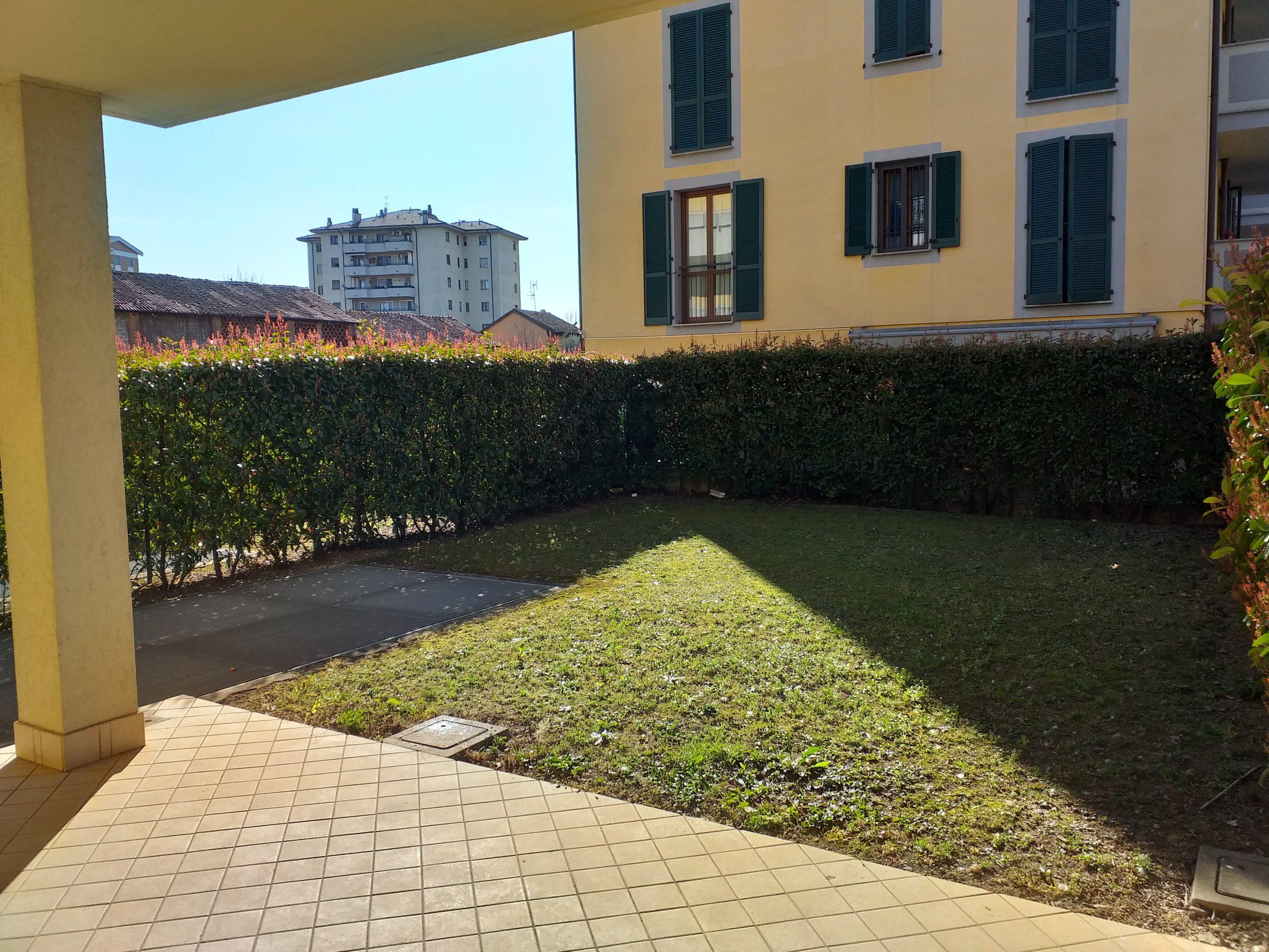 Vendita trilocale con giardino a Segrate